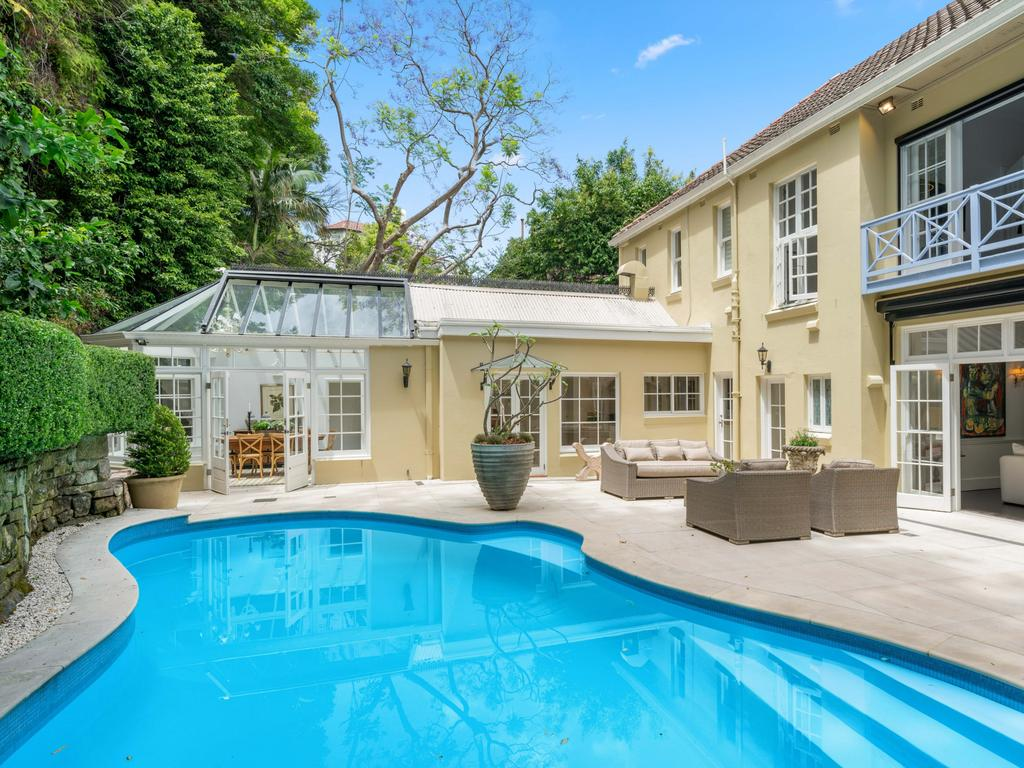 Murrays Coaches owner Ron Murray sells $6m Bellevue Hill home after two days on market